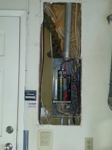 ZINSCO fire hazard panel to be replaced with  200Amp rated SQUARE-D panel. In Los Altos.